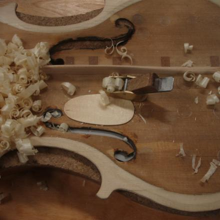 Violin soundpost patch repair by Nicole Alosinac Luthiery